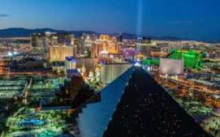 Кузнечики заполонили улицы Лас-Вегаса